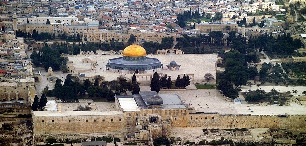 How many doors of Al-Aqsa Mosque