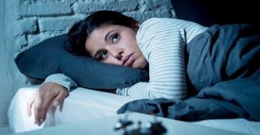 كيفية محاسبة النفس وفوائدها قبل النوم مباشرة