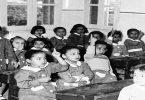 كيف كانت المدارس قديما وحديثا