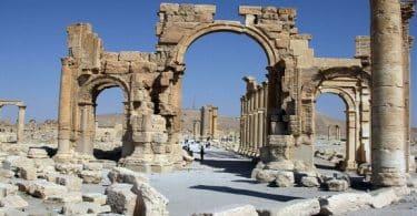 ما أهمية علم الآثار