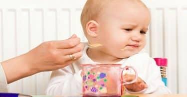 ما هو سبب صعوبة البلع عند الأطفال