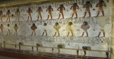 هل يوجد مقابر فرعونية بالإسكندرية