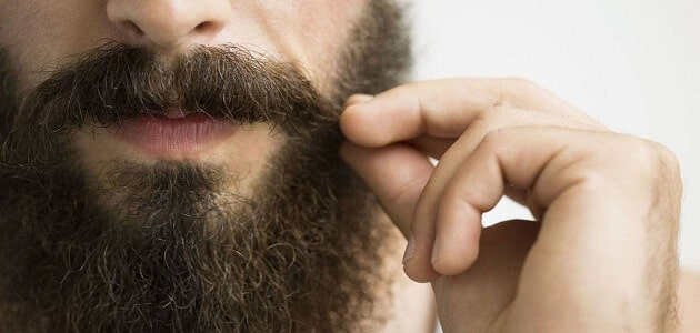 طريقة تكثيف شعر اللحية بالزيوت الطبيعية