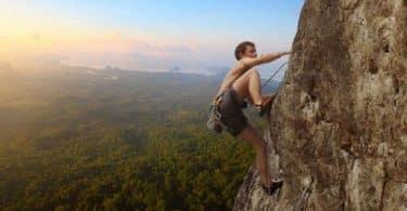 فوائد تمرين تسلق الجبل