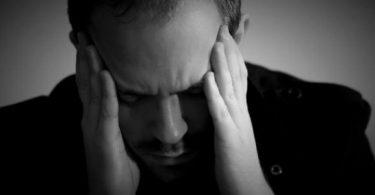 كيفية التعامل مع المريض النفسي والتعايش معه