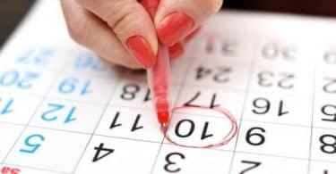 كيفية حساب أيام التبويض وما هي أعراض فترة التبويض