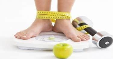 كيف يتم حساب الوزن المثالي للمرأة