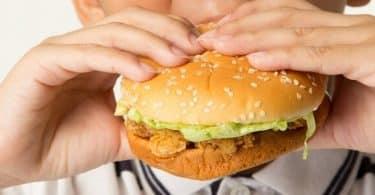 ما هي الأطعمة التي تسبب زيادة الوزن