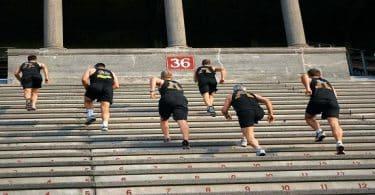 تجارب رياضة صعود الدرج ونزوله