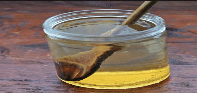 ما فوائد العسل مع الماء الدافئ