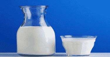 ما هو الفرق بين الحليب واللبن
