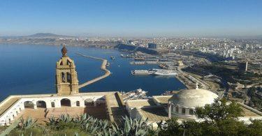 أين تقع مدينة وهران الجزائرية ؟