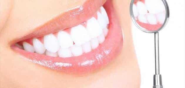 فوائد العسل الطبيعي للأسنان