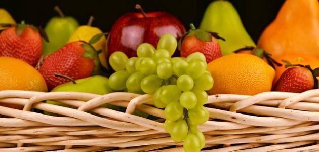 ما عدد السعرات الحرارية في الفواكه ؟