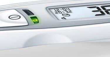 طريقة قياس درجة الحرارة من الأذن