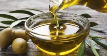 فائدة تقطير زيت الزيتون في الأنف