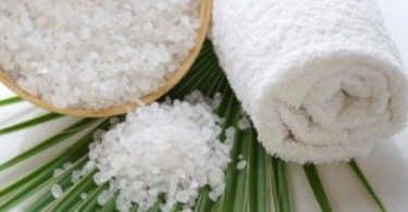 فوائد الملح الخشن للبشرة والشعر