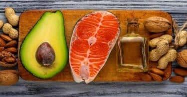 ما هي فوائد الأحماض الدهنية