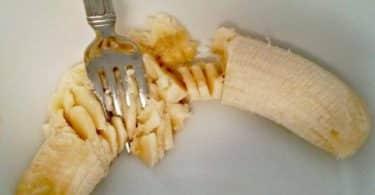 كيفية عمل ماسك الموز للشعر