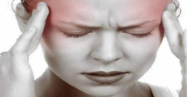 لماذا يحدث صداع الرأس