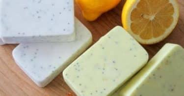 هل صابون الجلسرين مفيد للبشرة الدهنية ؟