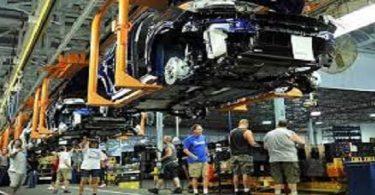 اين تقع مدينة صناعة السيارات الامريكية