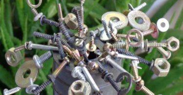 بحث عن المعادن التي تنجذب للمغناطيس جاهز