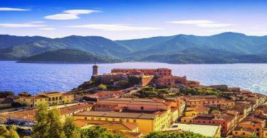 اين يقع اقليم توسكانا في ايطاليا