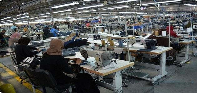 طريقة عمل دراسة جدوى مصنع ملابس جاهزة