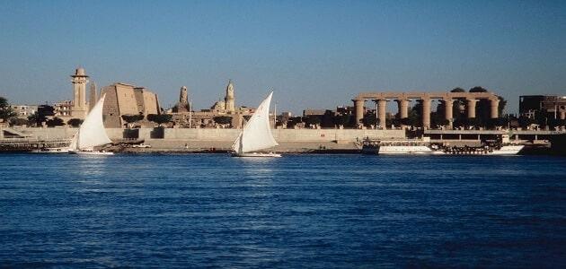 موضوع تعبير عن بحيرات مصر