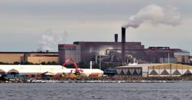 بحث عن آثار التفاعلات الكيميائية على البيئة