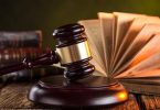 معلومات قانونية شاملة مكتوبة