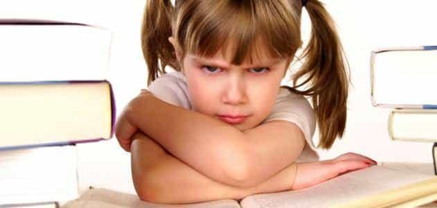 ما هي أسباب العصبية عند الأطفال