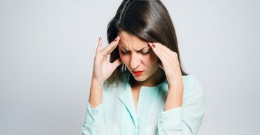ما هي اسباب الصداع المتكرر عند النساء