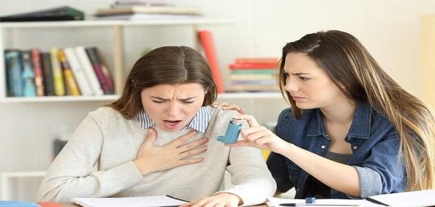 ما هي اسباب ضيق التنفس المتقطع