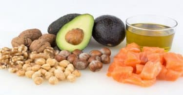 اين توجد الدهون الصحية في الطعام