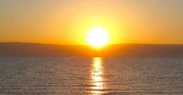 موضوع تعبير عن شروق الشمس