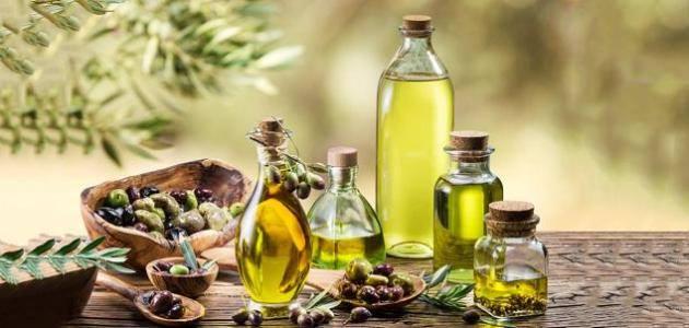 فوائد استخدام زيت الزيتون لتفتيح الابط