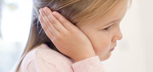 طريقة خرم الأذن بالمنزل