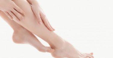 كيف اخفي مسامات الساقين