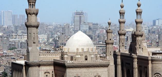 لماذا سميت القاهرة بهذا الاسم ؟