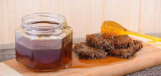 ما هي فوائد الزعتر مع العسل؟