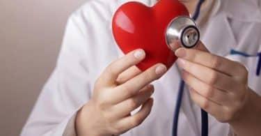 أسباب سرعة ضربات القلب والتعرق