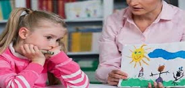 اطفال التوحد وكيفية التعامل معها