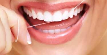 خيط الأسنان وفوائده