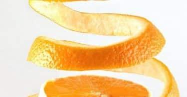 فوائد قشر البرتقال المغلي