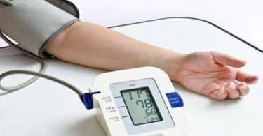 قياس السكر والضغط الطبيعي