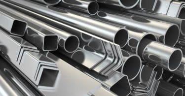 كثافة النحاس والحديد