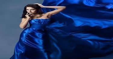 الفستان الأزرق الغامق في المنام