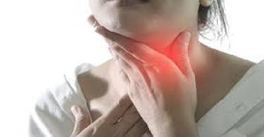 سرطان البلعوم واعراضه